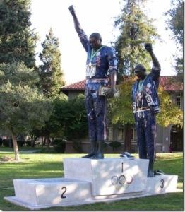 PeterNorman.Escultura
